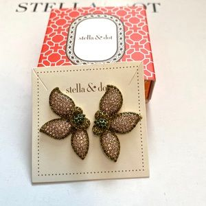 Stella & Dot Pave petal studs